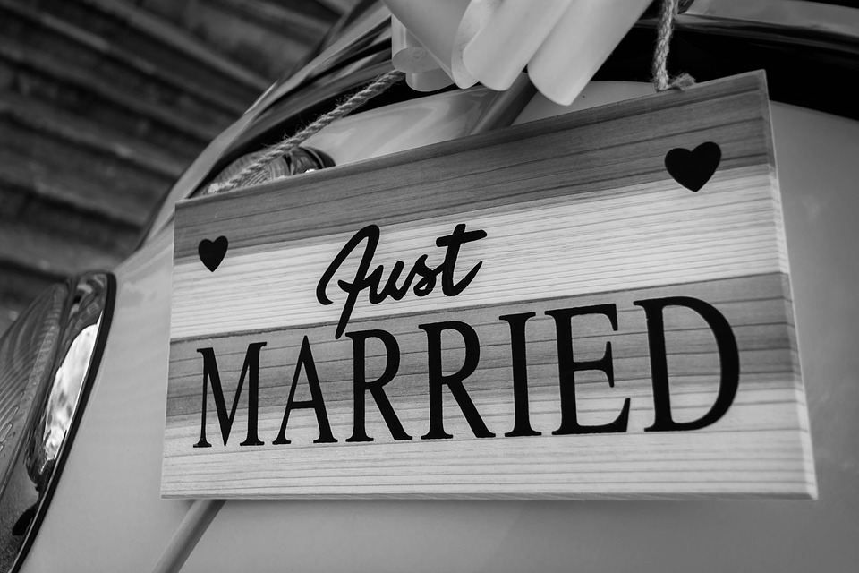 married-1937005_960_720