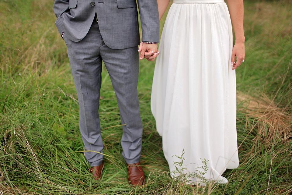 bride-1867465_960_720