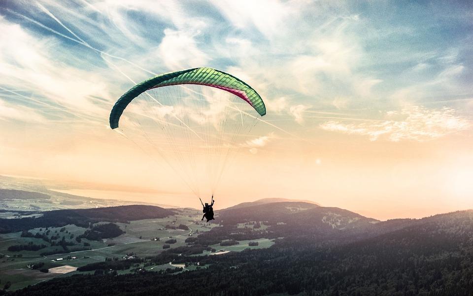 paragliding-1245837_960_720