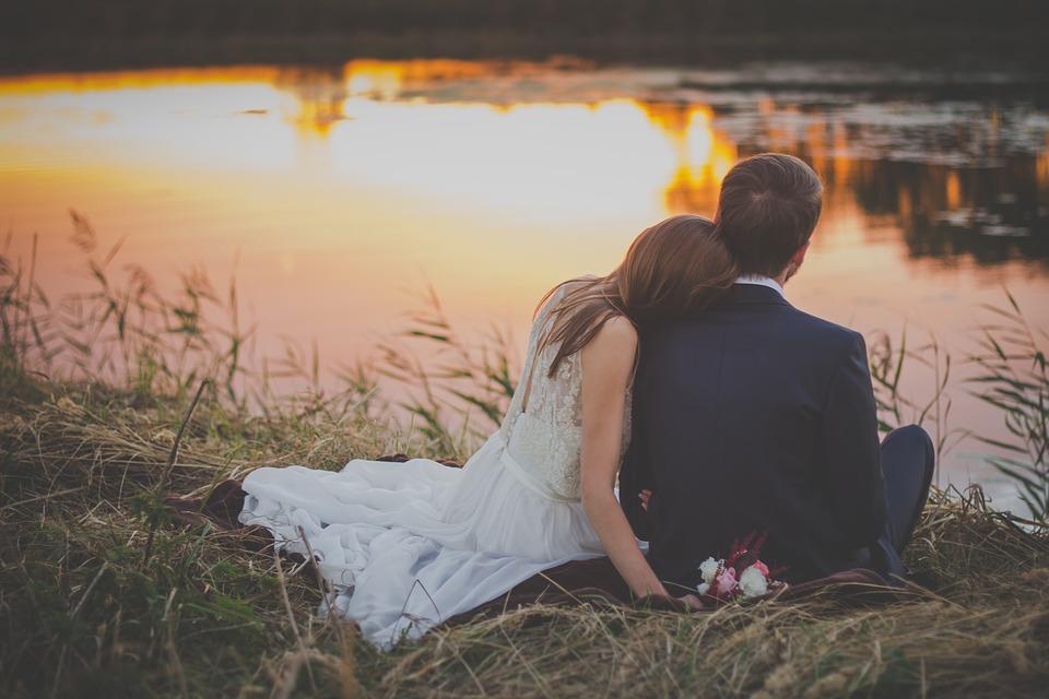 wedding-2616652_960_720