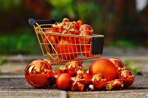 christmas-shopping-1088248__340