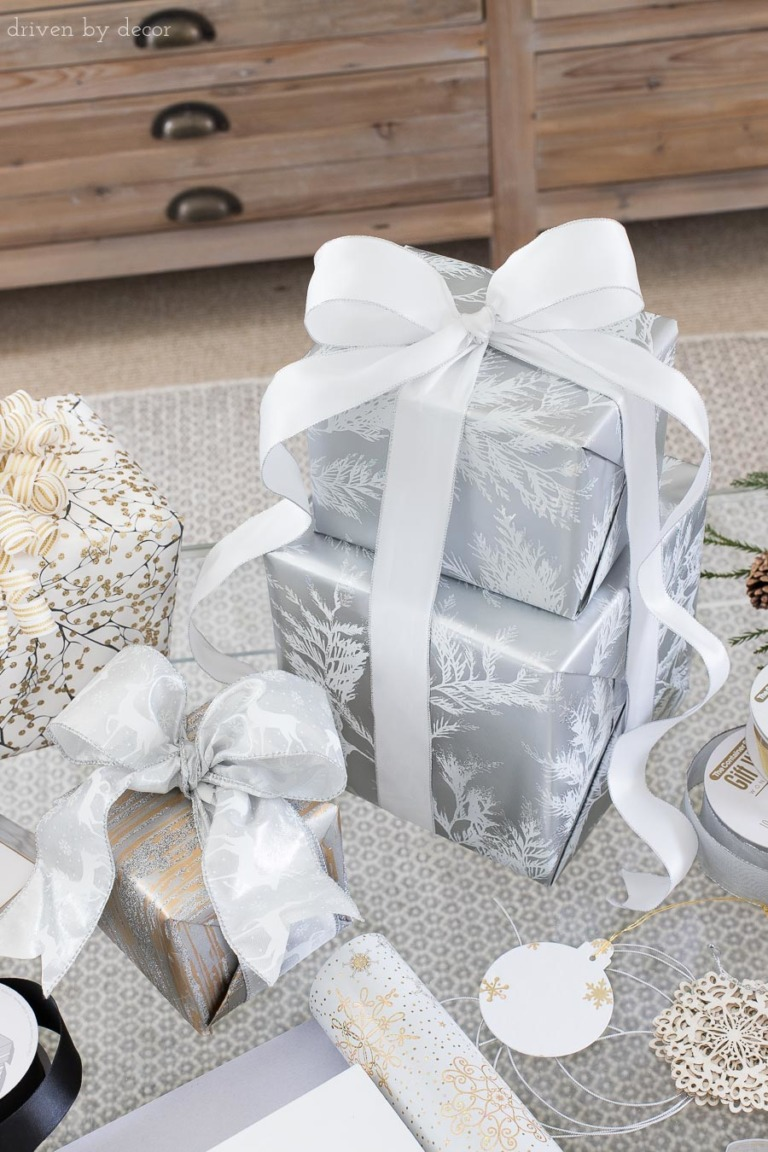 easy-christmas-gifts-wrapping-ideas-stack-presents-wired-ribbon-768×1152