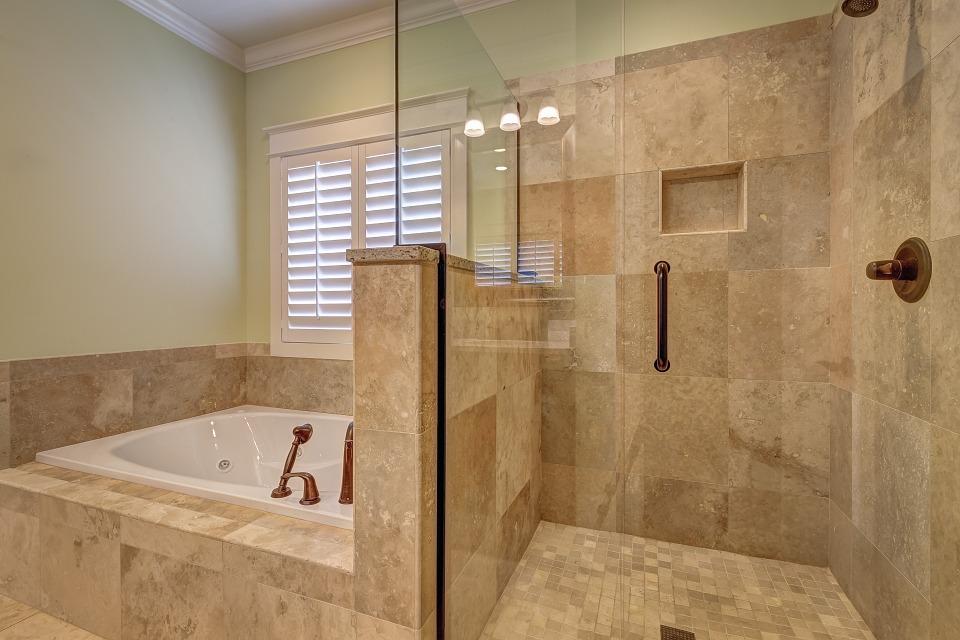 bathroom-389262_960_720