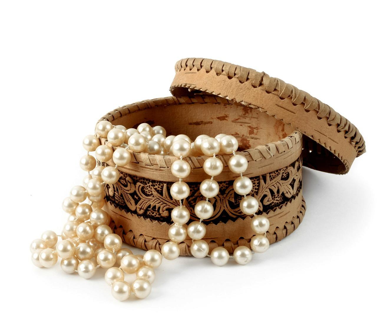 jewelry-box-164134_1280
