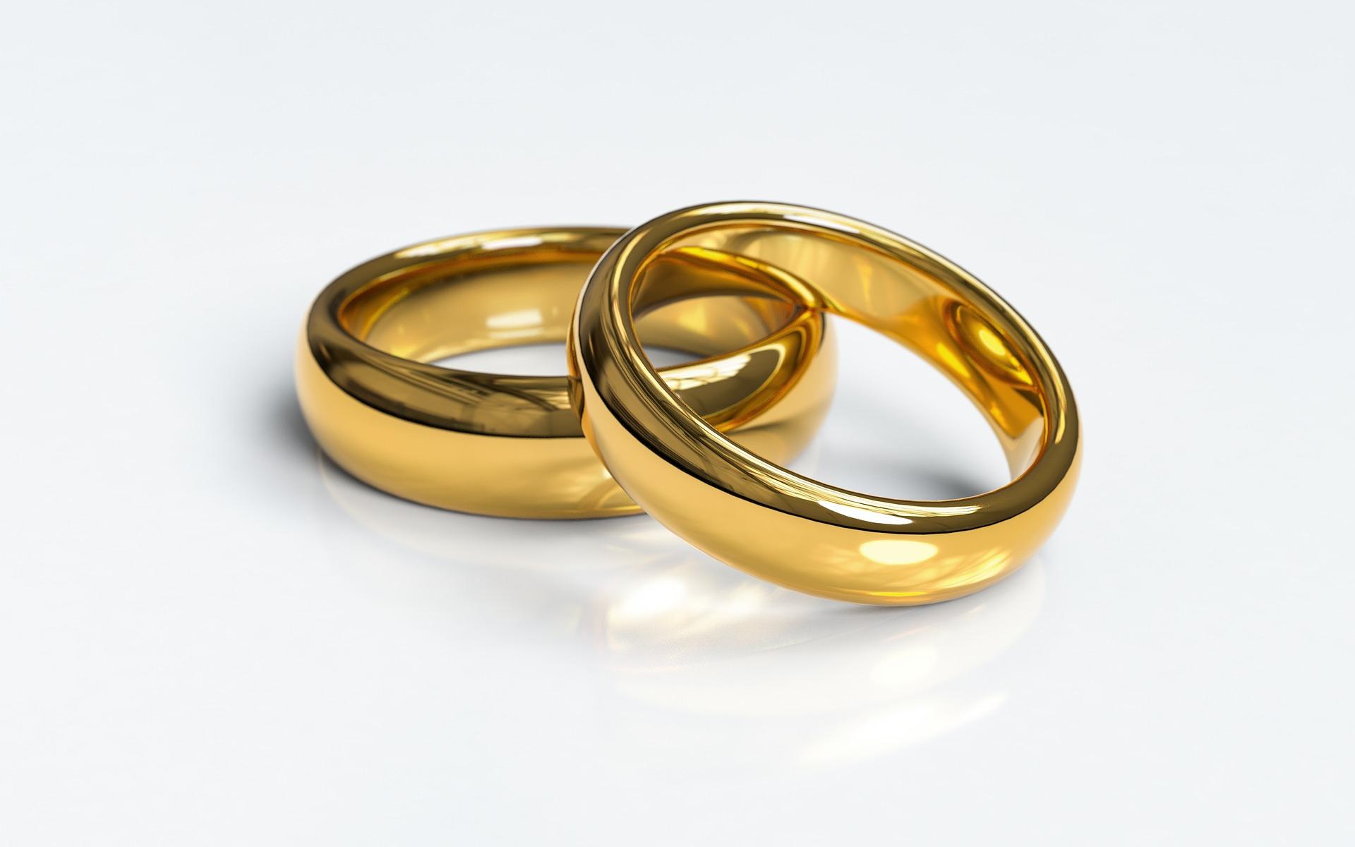 wedding-rings-3611277_1920