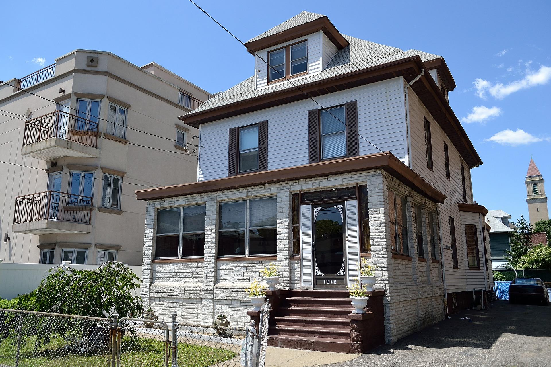 residential-2851256_1920