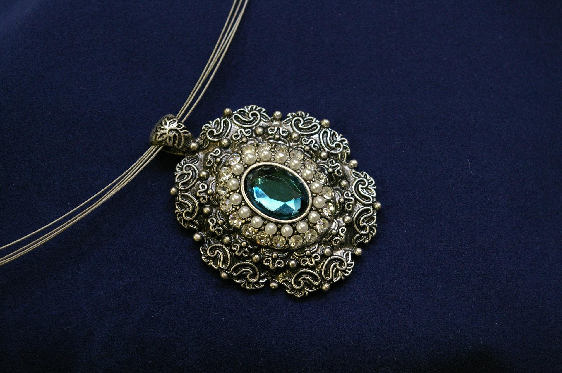 chain-784422_1920